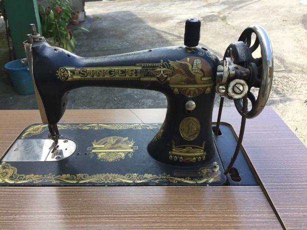 Máquina de Costura - Singer