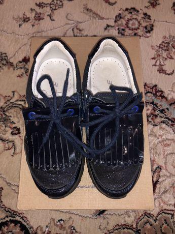 Туфли на девочку BARTEK 28 размер