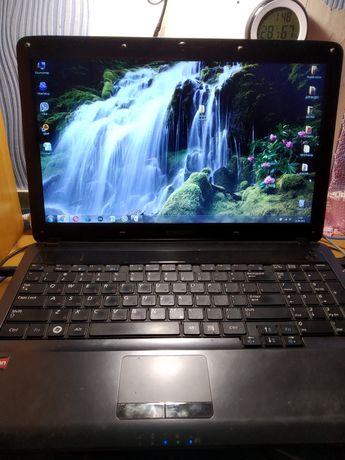 Ноутбук рабочий Samsung