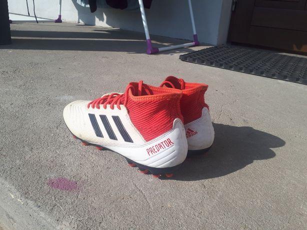 Buty piłkarskie Adidas Predator 42 2/3