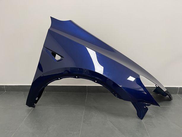 Tesla Model Y крило переднє праве