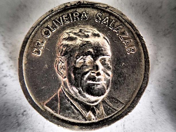 Medalha rara Dr Oliveira Salazar/Dr Marcelo Caetano