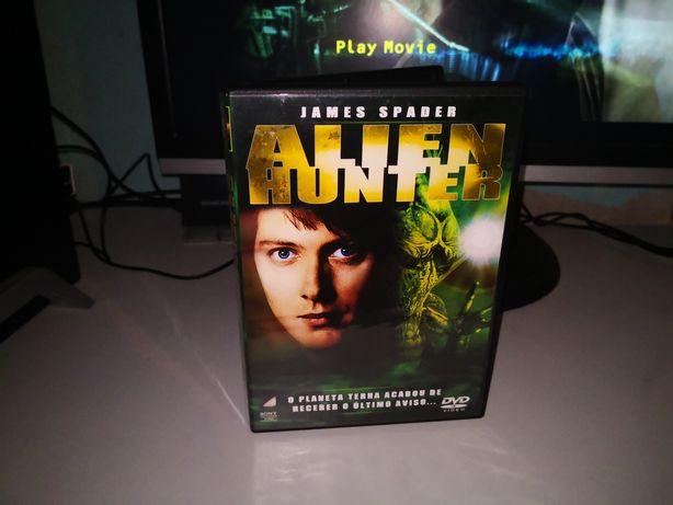 Alien Hunter_James Spader