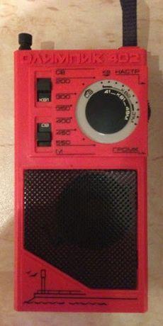 """""""Олимпик-402"""", сувенирный радиоприёмник."""