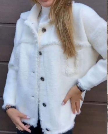 Трендовая пушистая куртка-кофта под ангору