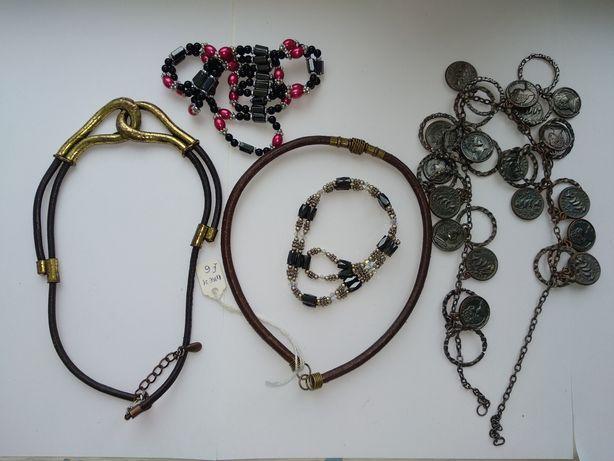 Старые бусы Европа,пластик,бисер,колье,чокер,перламутр