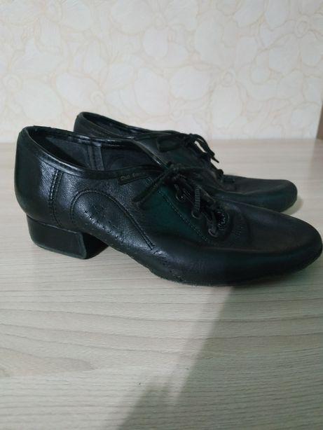 Продам туфлі (бальні танці)