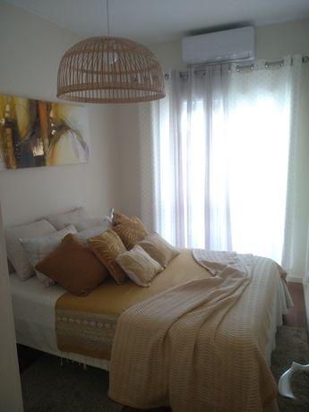 Apartamento T1 mobilado e equipado - Porto