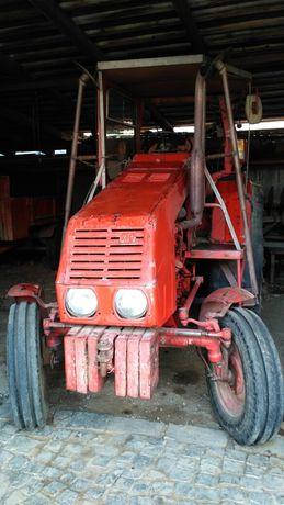 Трактор ХТЗ Т-25