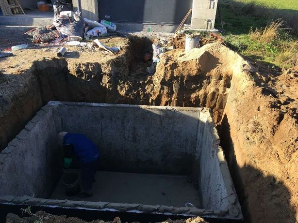 Szambo betonowe - KOMPLEKSOWA USŁUGA z wykopem - TANIO