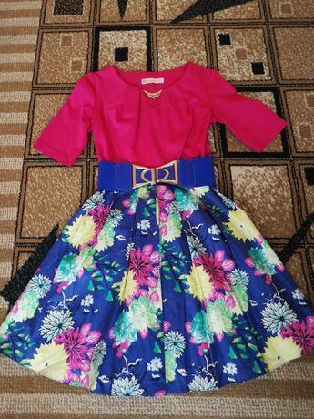 Красивое платье XS