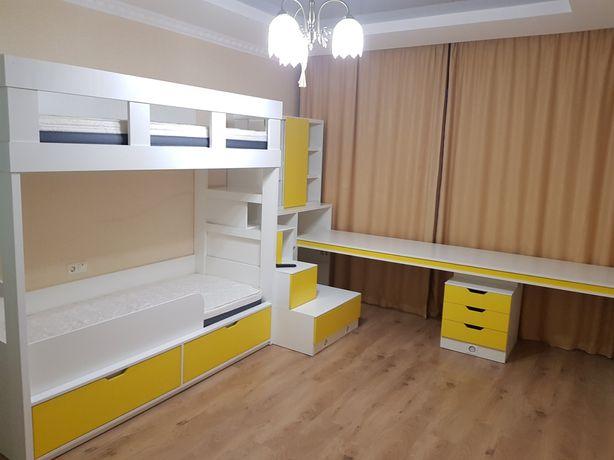 Мебель в детскую для двоих детей. Комплект Шкаф Кровать Стол