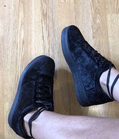 Кеды  ботинки высокая подршва черные бархат 38р/25см 170грн