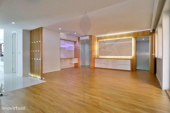 Apartamento T3 Renovado - Centro da Cidade