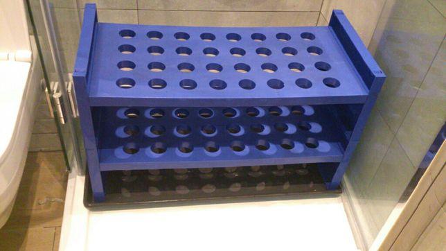 Niebieski komplet z Ikei na korytarz, szafka na buty, półka z drążkiem