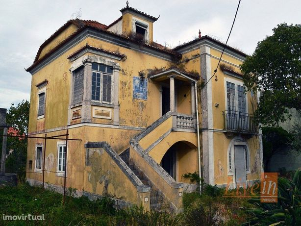 Moradia Senhorial / Palacete / Chalet na Zona de Loures