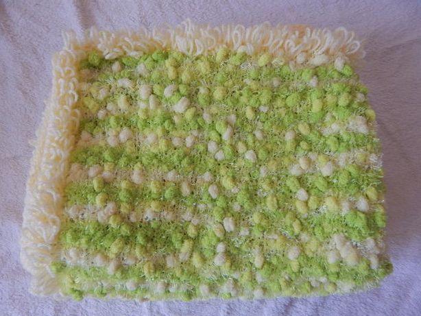 Новое детское одеялко- плед (одеяло) с помпонами
