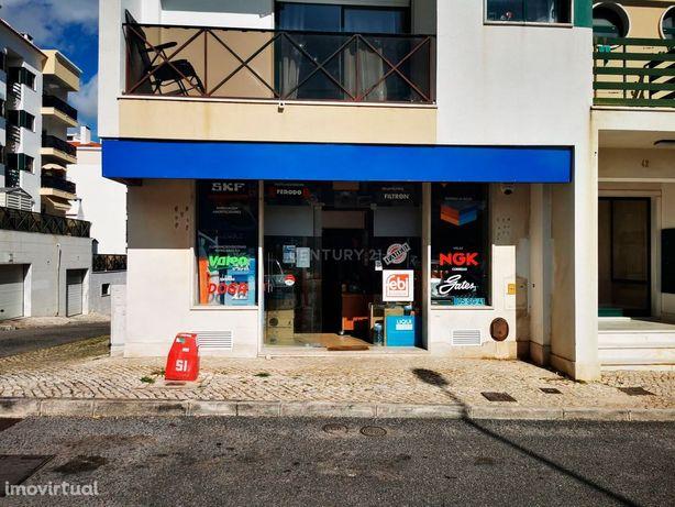 Loja Na Galiza(Estoril) > Rendimento Garantido (Arrendada)