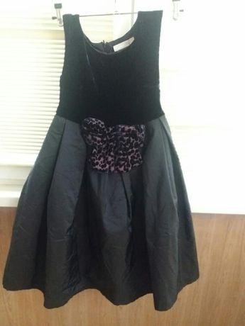 Платье для девочки 7 --8 лет нарядное