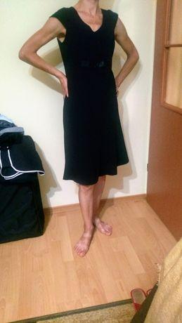 Czarna sukienka r.38