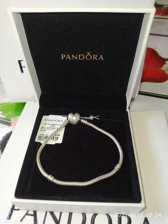Серебряный браслет Pandora