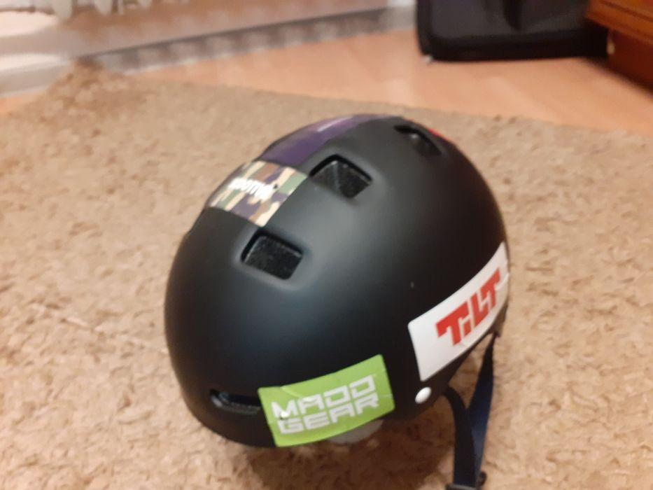 NOWY kask Oxelo z naklejkami Radom - image 1