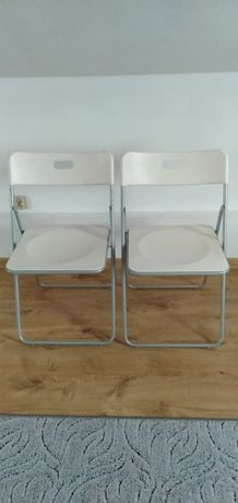 Dwa krzesla skladane