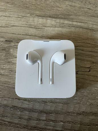 Nowe słuchawki EarPods