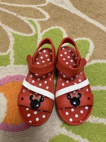 Crocs босоножки сандалии кроксы c13 новые