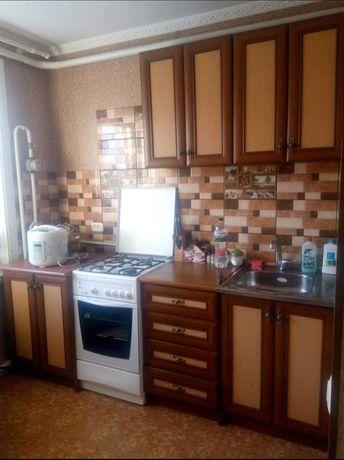 Продам квартиру 2-х кімнатну