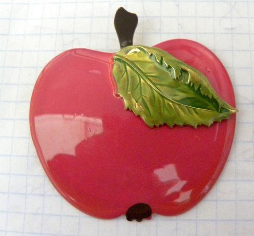 брошь зажим яблоко эмаль винтаж