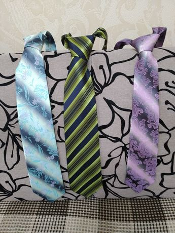 Продам галстуки.