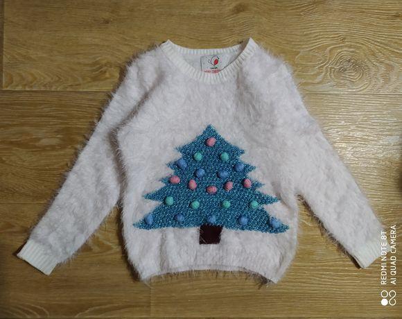 Белоснежный новогодний свитер