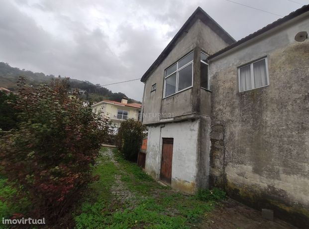 """A """"Quinta da Aldeia"""" em Loivos da Ribeira, Baião, Porto espera por si"""