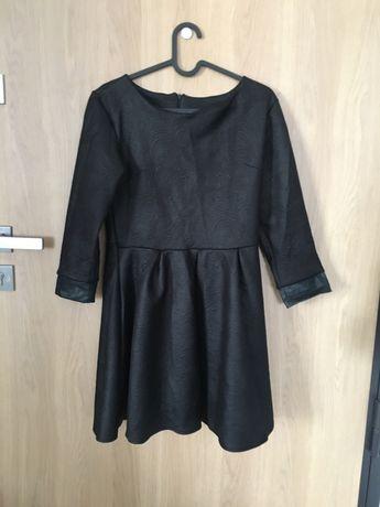 Sukienka mała czarna M rozkloszowana do biura