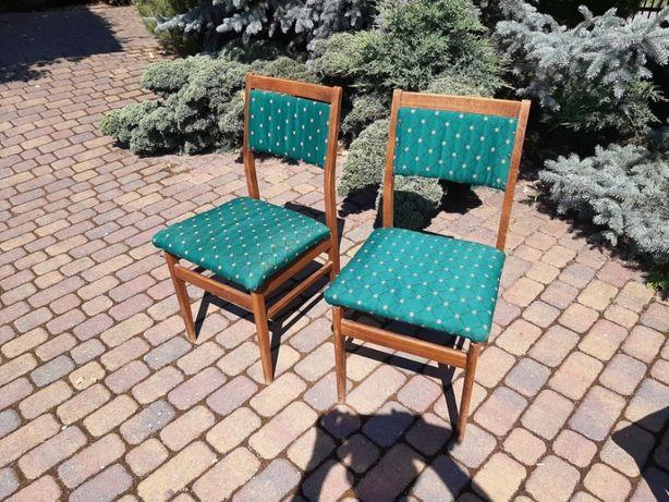 Krzesła PRL do renowacji.