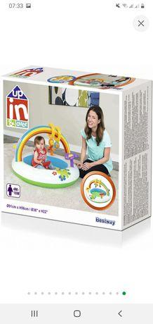 Продам детский манеж - бассейн