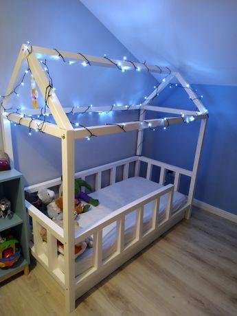 Łóżko domek, dziecięce z materacem i szufladą 160 x 80