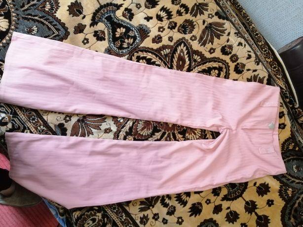 Брюки жіночі рожеві