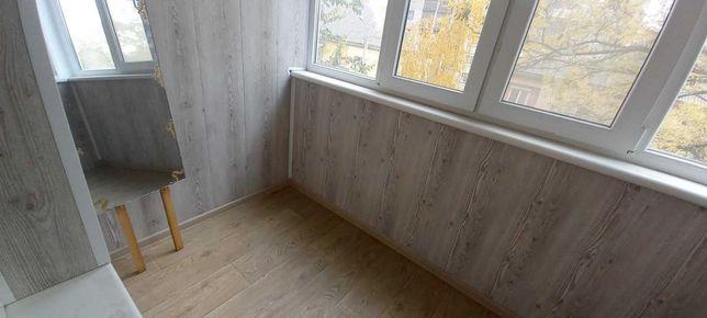 Продаю 2-ком. с РЕМОНТОМ на Янгеля (Титова)