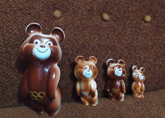 Статуэтки фарфоровые (Олимпийские мишки) СССР