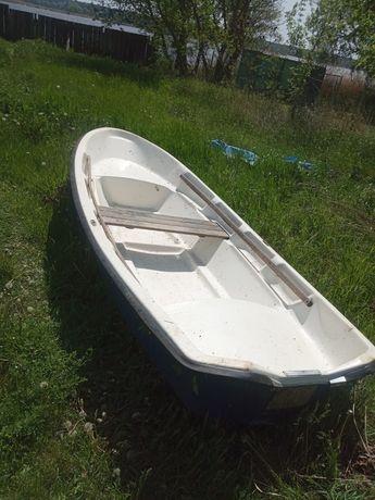 Лодка пластиковая BRIG