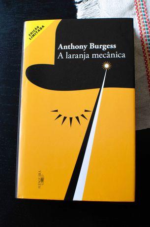 """A Laranja Mecânica"" - Anthony Burgess"