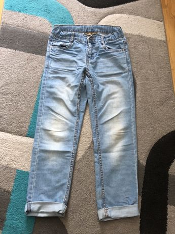 Jeansy chłopięce SMYK r. 146