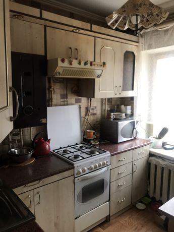 €  3х. кімнатна в цегляному будинку