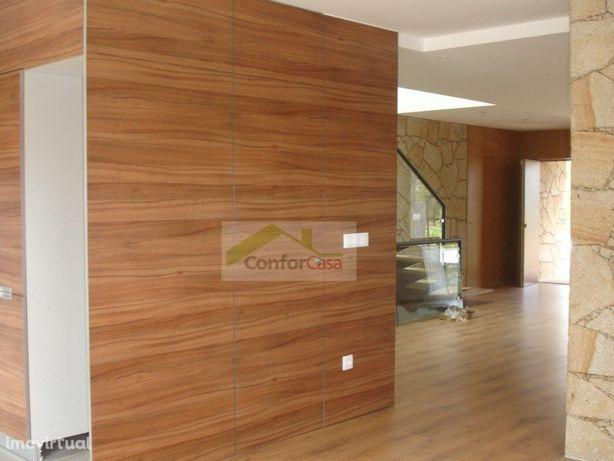 Moradia de gaveto para venda em Dume- Braga -Início de co...