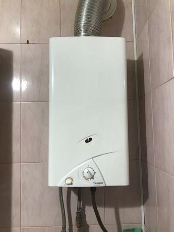 Газовый проточный водонагреватель, газовая колонка