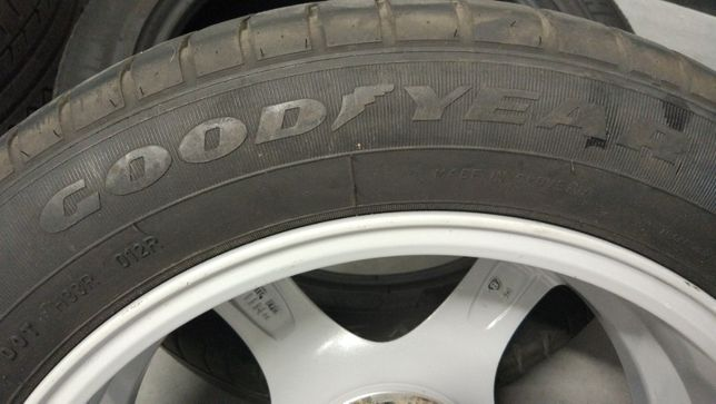 Komplet opon Goodyear Excellence 215/55R17