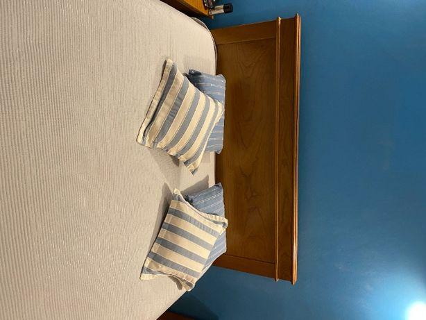 Mobília de Quarto Completa (Cama Casal+2 Mesinhas Cabeçeira+Escrivan.)