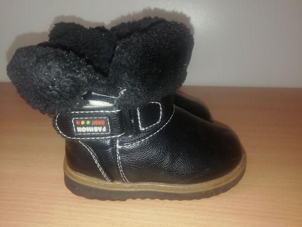 Ботинки зимние 21размер.